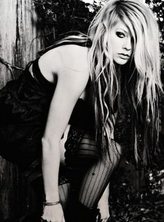 Avril Lavigne - I want this hair.