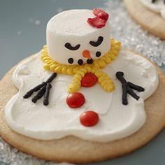 Melting Snowman Cookies Christmas Goodies, Christmas Treats, Christmas Baking, Snowman Cookies, Cake Cookies, Cupcakes, Food Crafts, Cookie Ideas, Dessert Recipes