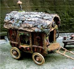 fairy house wagon OH MY GOD!! This is Sooooo cute. I wonder if my Raymond J could build me one of these .. soooo cutttttteeeee