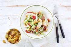 Waldorfsalade met kip en aardappeltjes