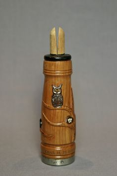 This is a beautifully carved cedar crow call from Haddon Perdew, son of Charles Perdew. The call is in excellent condition! It is carved from cedar, then hand painted and lacquered. An all around great crow call and very rare to find by itself. Stamped into call: Chas. H. Perdew, Henry, Ill. Measures 5 3/8″ …