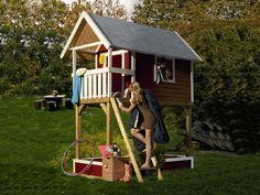 Abb.: Stelzenhaus Gernegroß mit Zubehör (gegen Aufpreis): Sandkasten, Telefon, Dachschindeln und Schaulkelbodenanker