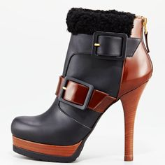 a second boot found while looking for work boots. kinda weird design, but for some reason i like it!