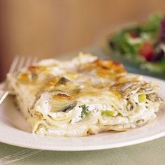 Artichoke and Leek Lasagna recipe. Combining artichokes and leeks with three kinds of cheeses, this lasagna makes a hearty vegetarian entrée. I Love Food, Good Food, Yummy Food, Tasty, Gnocchi, Pasta Pizza, Rice Pasta, Cannelloni, Vegetarian Entrees