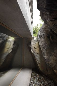 Crevice Between Concrete and Natural Stone
