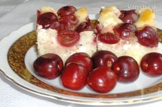 Čerešňová bublanina s tvarohom (fotorecept) - Recept French Toast, Breakfast, Cakes, Food, Basket, Morning Coffee, Cake Makers, Kuchen, Essen