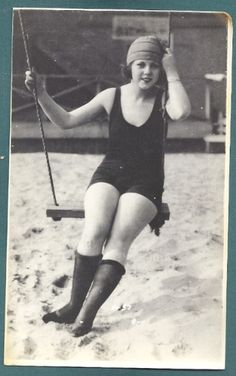 1920s Summer at the Beach
