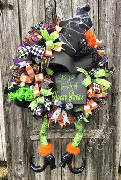 Hocus Pocus Decor, Hocus Pocus Wreath, Witch Wreath, Black Cat Wreath, Witch Decor, Halloween Wreath, Halloween Decor, Witch Legs Wreath by ADoubleDCreation on Etsy