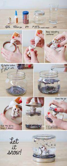 ¿Cómo hacer una bola de nieve de purpurina con un muñequito y un tarro?