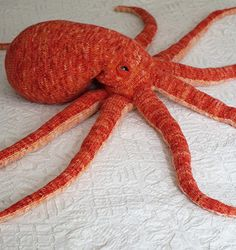 Opus the Octopus : Knitty.com - Deep Fall 2014 - How awesome is this guy? Definitely have to make one.