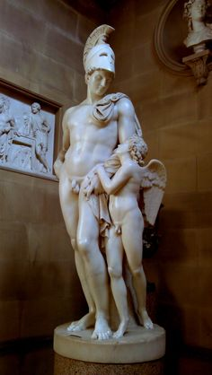 Spinning Memories: Neo-classical marble sculptures in Chatsworth house - Peak district