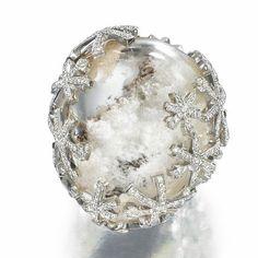 rock crystal and diamonds Bird Jewelry, Metal Jewelry, Jewelry Rings, Jewelery, Vintage Jewelry, Jewelry Accessories, Luxury Jewelry, Modern Jewelry, Unique Jewelry