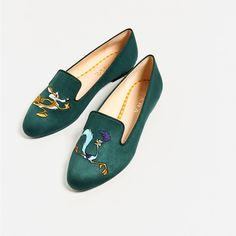 Image 4 of EMBROIDERED SLIPPERS from Zara