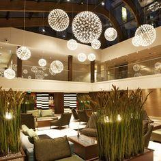 Ideal moooi verf hrt mit einzigartigen Pendelleuchten die jeden Raum verzaubern bestellen Sie Ihre Leuchten f r B ro u Zuhause im ikarus udesign shop