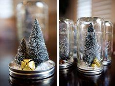 always swell: DIY-Christmas Globes Christmas Snow Globes, Christmas Mason Jars, Mini Christmas Tree, Mason Jar Diy, All Things Christmas, Christmas Holidays, Christmas Decorations, Xmas, Christmas Ideas