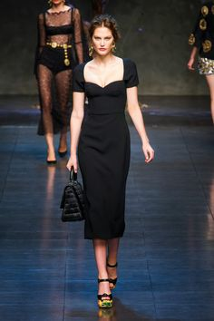 Fashion Show: Dolce & Gabbana Spring/Summer 2014   Весна 2014   Черное