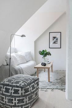 découvrir l'endroit du décor : AGENCEMENT ARDU Decoration, Bed, Design, Home, Color Inspiration, Small Space, Decor, Stream Bed, Dekoration