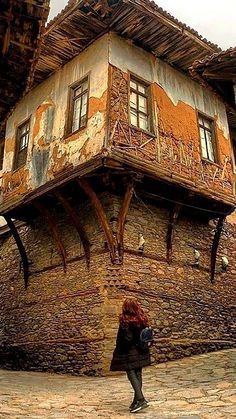 Erzurum TURKEY Turkish Architecture, Vernacular Architecture, Ancient Architecture, Architecture Details, Beautiful Ruins, Beautiful Buildings, Eco Deco, Orient House, Casa Top
