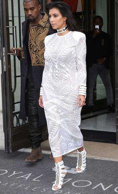 Show Off Booty Like Kim Kardashian With Monochrome Style