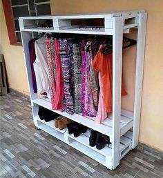 Adding the wood pallet in your wardrobe clothing closet is another one of the suitable perfect options for you. As you can view in this rack, the closet has been divided into two portions of the clothing and the lower side of the rack has been divided into two portions for the footwear purposes.