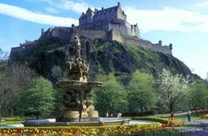 Edinburgh Castle, Scotland | ... in Princes Street Gardens with Edinburgh Castle in the background