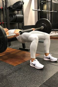 The 1 Exercise You Need For the Ultimate Booty Gains Sport Motivation, Fitness Motivation, Fitness Goals, Healthy Lifestyle Motivation, Fitness Before After, Fitness Home, Estilo Fitness, Fitness Inspiration Body, Sport Inspiration