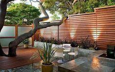 Sichtschutz für den Garten aus Holz
