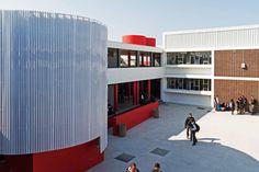 Kensington High School - courtyard & staircase feature School Design, Urban, Schools, High School, Inspiration, Biblical Inspiration, Grammar School, School, High Schools