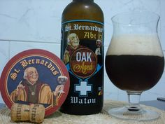 Cerveja St.Bernardus Abt 12 Oak Aged , estilo Wood Aged Beer, produzida por St. Bernard Brouwerij , Bélgica. 11% ABV de álcool.