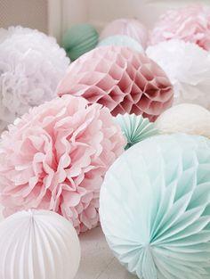 Oui Oui-pompones-rosas-empolvados-decoracion fiesta niña