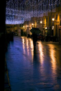 arriva il natale by jerik0ne, via Flickr  Christmas in Toscana