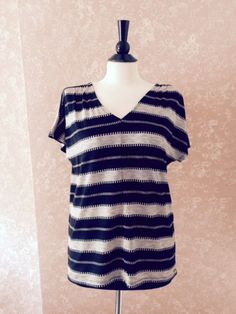 New Old Navy Jacquard V-Neck Top Black Stripe Womens Small S #OldNavy #Tunic #Casual
