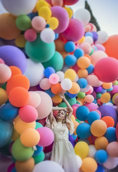 Loved how colorful this photo is and how the women is just engulfed in the balloons. Composition Techniques: Figure to Ground