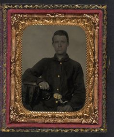 (c. 1861-1865) Soldier in Union sack coat with holstered bayonet