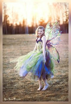 Large Iridescent Realistic Fairy wings by CroneDesigns on Etsy The Purple, Dark Fairy Costume, Faerie Costume, Fairy Cosplay, Elf Kostüm, Diy Fairy Wings, Fairies Photos, Fairy Makeup, Fairy Princesses