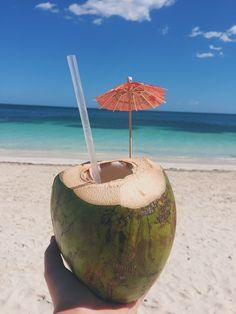 Summer Photos, Beach Photos, Ao Nang Beach, Beach Aesthetic, Fun Activities To Do, Iphone Background Wallpaper, Cancun Mexico, Crazy Girls, Beach Day