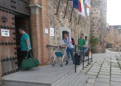 El Castillo de San Servando acogió este encuentro, al que fueron llegando el viernes por la tarde todos los participantes,