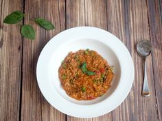 It's so easy to make this delicious meaty risotto in the Thermomix. Popular Recipes, Great Recipes, Tinned Tomatoes, Fussy Eaters, Risotto Recipes, Frozen Peas, Beef Dishes, Cooking Time, Veggies