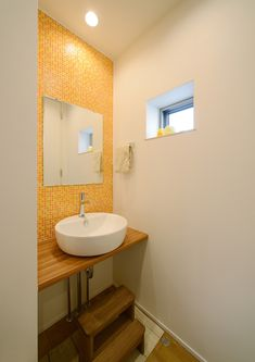 CASE403 オリーブグリーンな家 Vanity, Bathroom, Home Decor, Dressing Tables, Washroom, Powder Room, Decoration Home, Room Decor, Vanity Set