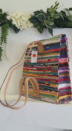 Rug Pouch – About Handbags Ethnic Bag, Diy Handbag, Weaving Projects, Craft Bags, Knitted Bags, Vintage Bags, Handmade Bags, Fashion Bags, Bag Accessories