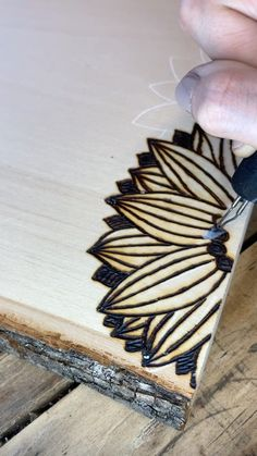 Wood Burning Tips, Wood Burning Techniques, Wood Burning Crafts, Wood Burning Patterns, Wood Burning Projects, Diy Home Crafts, Diy Arts And Crafts, Cute Crafts, Crafts To Make