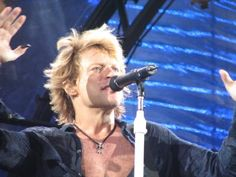 Browse all of the Jon Bon Jovi 2000 photos, GIFs and videos. Find just what you're looking for on Photobucket