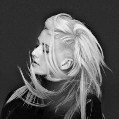 Ellie Goulding- love her alternative style