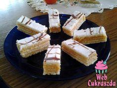 Mákos krémes Krispie Treats, Rice Krispies, Garlic Bread, Cheesecake, Food And Drink, Cooking Recipes, Sweets, Baking, Caramel