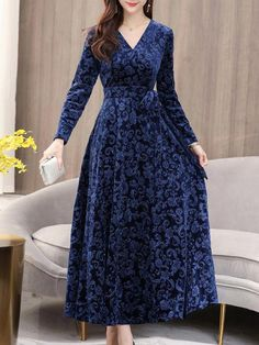 Pleuche Printing Solid Color Sashes V-Neck Long Dresses Stylish Dresses, Casual Dresses, Long Dresses, Maxi Dresses, Abaya Fashion, Fashion Dresses, Pakistani Dresses Casual, Kurti Designs Party Wear, Designs For Dresses
