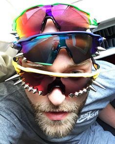 "VETEMENTS on Instagram: ""#VETEMENTSxOAKLEY PIC: @alexanderverenics"" Oakley Radar Ev, Oakley Sunglasses, Instagram, Style, Fashion, Swag, Moda, Stylus, La Mode"