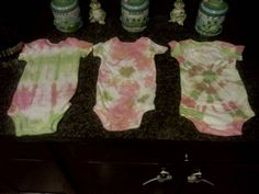 I would love to have a tie-die baby shower.