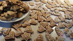 8 nejlepších receptů na vánoční perníčky, které se vyplatí vyzkoušet během vánočního pečení. | NejRecept.cz Gingerbread Cookies, Food And Drink, Favorite Recipes, Gingerbread Cupcakes