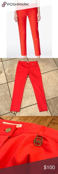NWT Michael KORS Coral Reef Pants❤️ MICHAEL Michael KORS Coral reef basic Pants. Pockets in front and back. Brand new with tags. Size 2. MICHAEL Michael Kors Pants Ankle & Cropped