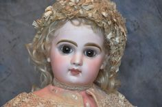 Museum quality  Depose Tete Jumeau Doll SGDG 9 with head and body stamp